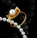 На выставке в швейцарском Базеле показали знаменитые часы и ювелирные изделия