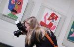 В ГМИИ имени Пушкина открылась выставка сюрреалистических книжных иллюстраций